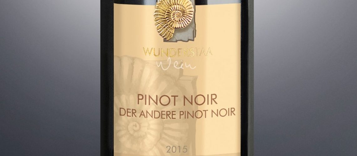 75cl Der andere Pinot Noir angeschnitten